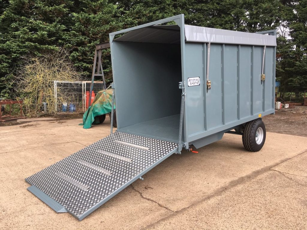 Armstrong & Holmes 4 Tonne Horse Muck Trailer in Grey